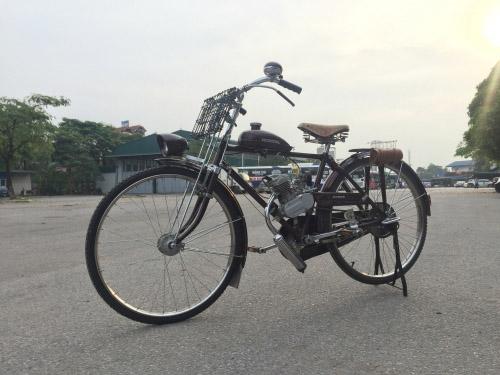 Cận cảnh xe máy hàng hiếm Honda A-Type giá 50 triệu đồng - 1