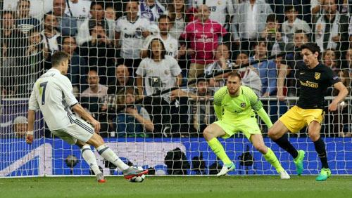 Ronaldo: Ghi hat-trick siêu khủng, bị kiểm tra doping - 1