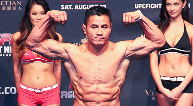 Cung Lê thách đấu võ sĩ MMA: Fan tranh cãi nảy lửa, Chân Tử Đan kiêng nể - 1