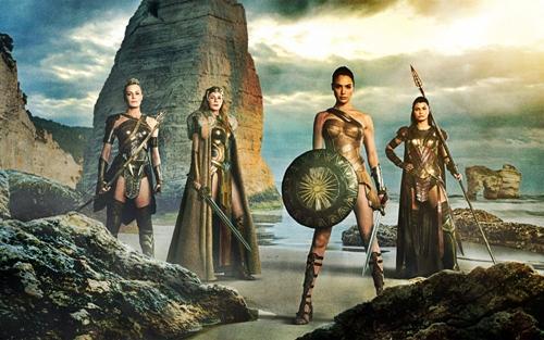Hé lộ quá khứ của nữ thần chiến binh quyến rũ Wonder Woman - 1