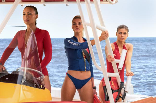 Trailer bộ phim cũng trở thành trailer hot nhất trong tuần với nhiều cảnh đẹp quay ở biển.