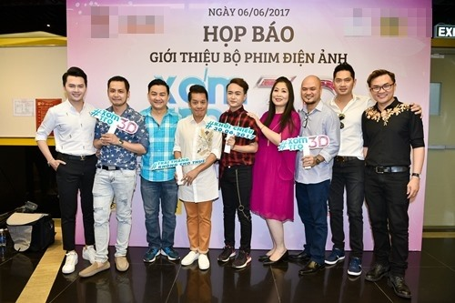 Bó ngực suốt 20 ngày đóng phim, Việt Hương rơi lệ kể khổ - 1