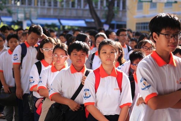 TP.HCM đề xuất không tăng học phí trong năm học mới - 1