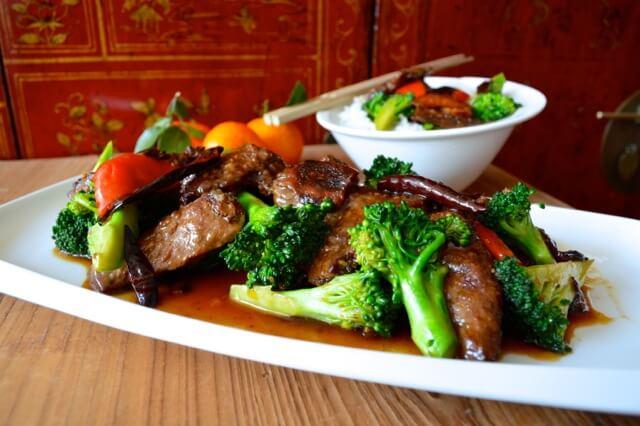 Thịt bò sốt cam lạ miệng đưa cơm - 1