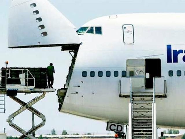 Iran điều 5 máy bay chở thức ăn tới