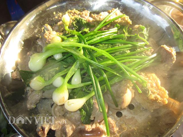 Về Ninh Thuận ăn dê hấp lá tía tô - Ẩm thực