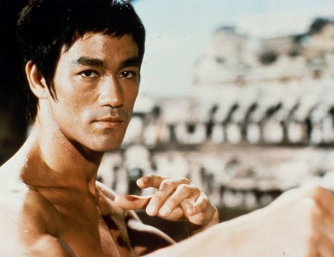 Lý Tiểu Long dùng Vịnh Xuân hạ MMA: Triệu người phát sốt - 1
