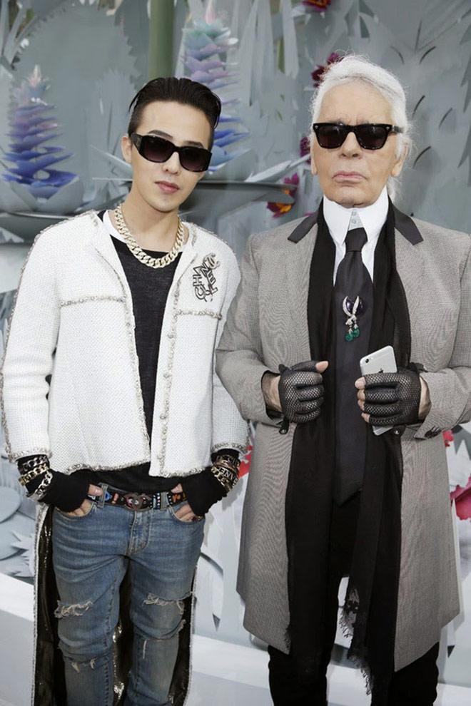 Tuyên ngôn Chanel: Đàn ông vẫn đầy khí chất khi đeo ví đàn bà - 1