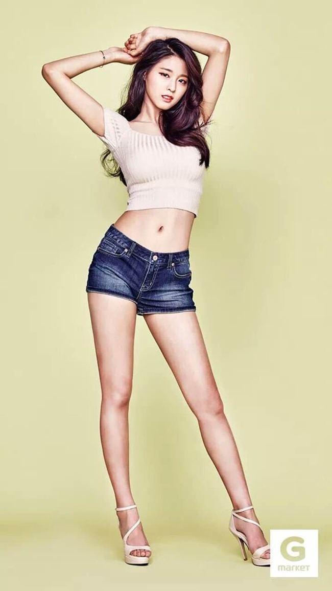 Kết quả mang lại ngoài sắc tưởng tượng,Seolhyun đã giảm cân thành công để có được thân hình thon thả.