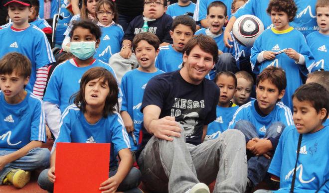 Messi sắp nhận lương cao nhất thế giới, lại bị tố trốn thuế - 1