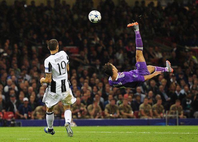 Facebook sẽ phát trực tiếp các trận bóng, trước mắt là Champions League - 1