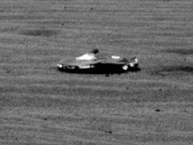 Phát hiện phi thuyền của người ngoài hành tinh trên sao Hỏa?