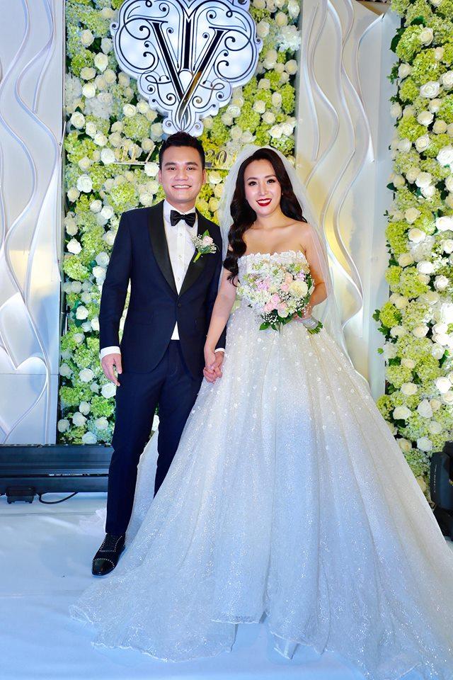 Dàn sao Việt hoành tráng đi dự tiệc cưới Khắc Việt - 1