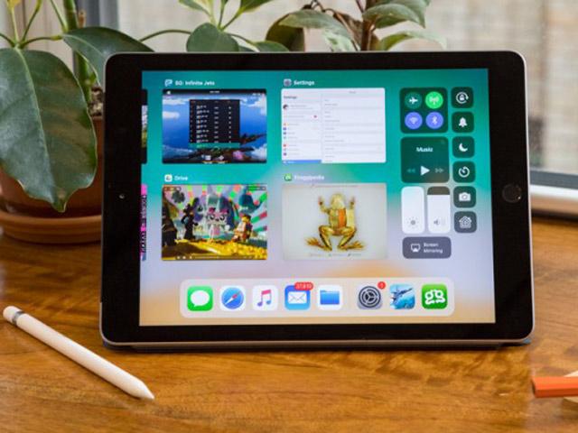 7 lý do nên mua ngay iPad 9,7 inch 2018 cho con