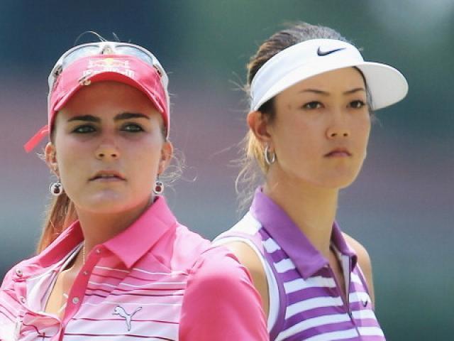 Golf 24/7: Phát sốt với dàn mỹ nhân khoe sắc trổ tài