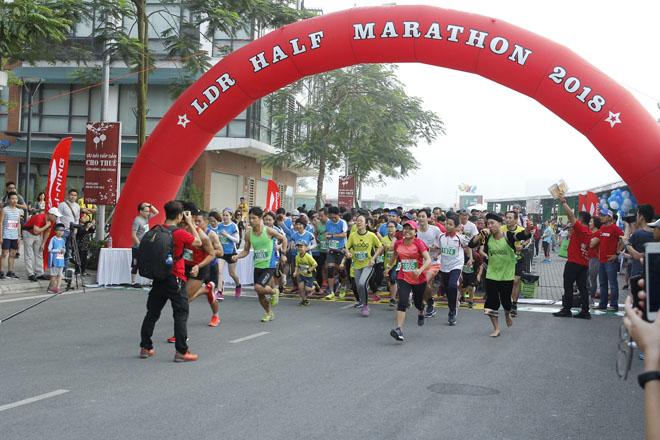 Li-Ning đồng hành cùng giải LDR Half Marathon 2018 - 1