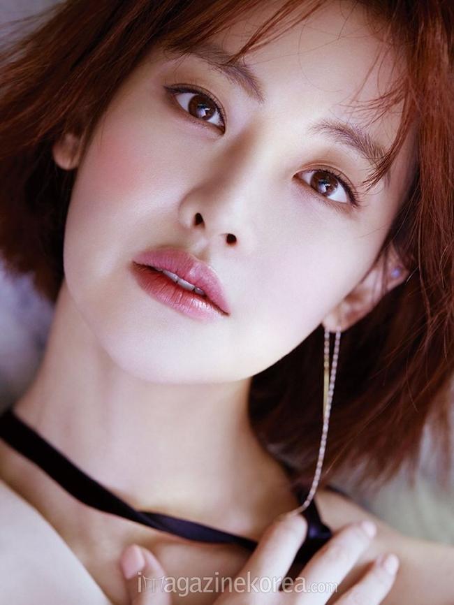 Vào sáng 29.3, thông tin nữ diễn viên Oh Yeon Seo hẹn hò cùng tài tử Kim Bum đã nhận được sự quan tâm lớn của khán giả trong và ngoài Hàn Quốc.
