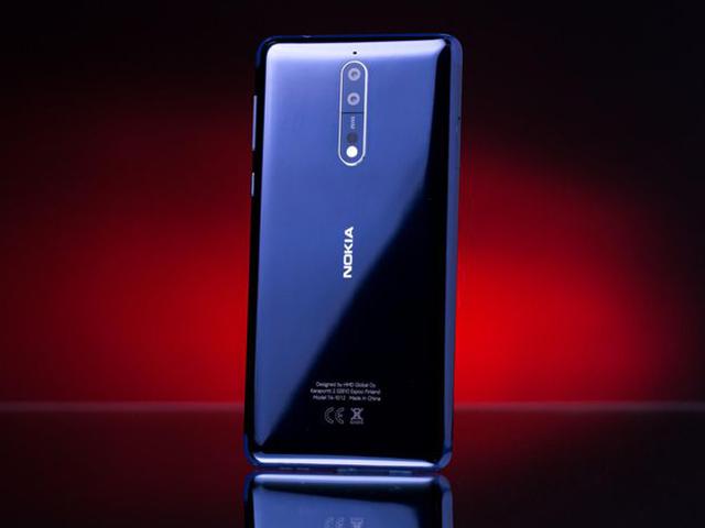 """Nokia 9 lộ diện với 3 camera ở mặt sau, sẵn sàng đấu """"siêu phẩm"""""""
