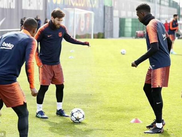 Tin nóng Tứ kết cúp C1: Messi chấn thương, nguy cơ lỡ đại chiến Roma