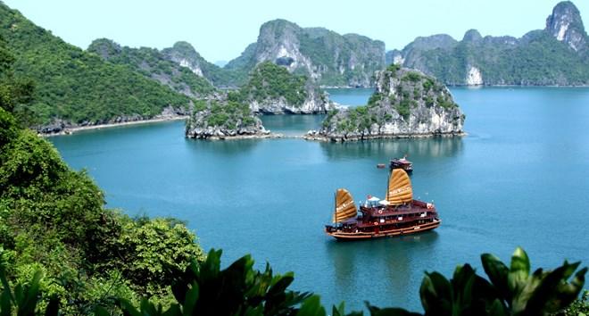 Không chỉ có mỗi Hạ Long mà Quảng Ninh còn có vô vàn điểm du lịch cực hấp dẫn - 1