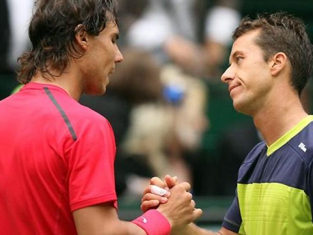 Nadal – Kohlschreiber: Màn tái xuất của nhà Vua (Tứ kết Davis Cup)
