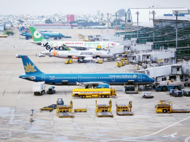 Lái xe bị phạt nặng vì va quệt tại sân bay Tân Sơn Nhất
