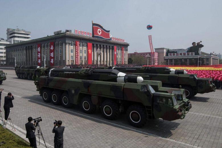 Trung Quốc bất ngờ giáng thêm đòn trừng phạt vào Triều Tiên - 1