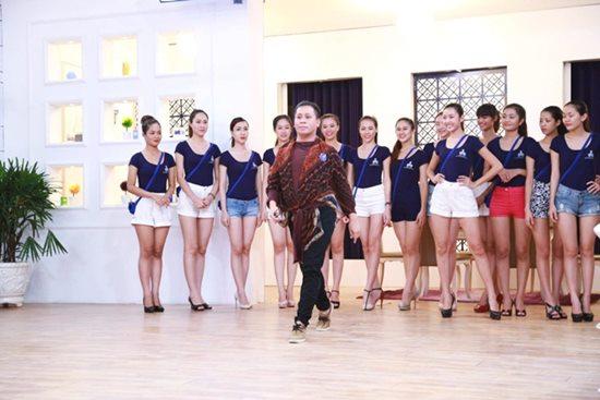 Lộ diện huấn luyện viên của lò luyện hoa hậu ở Việt Nam - 1