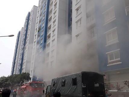Thông tin mới nhất vụ cháy chung cư Carina và chuyện bồi thường - 1