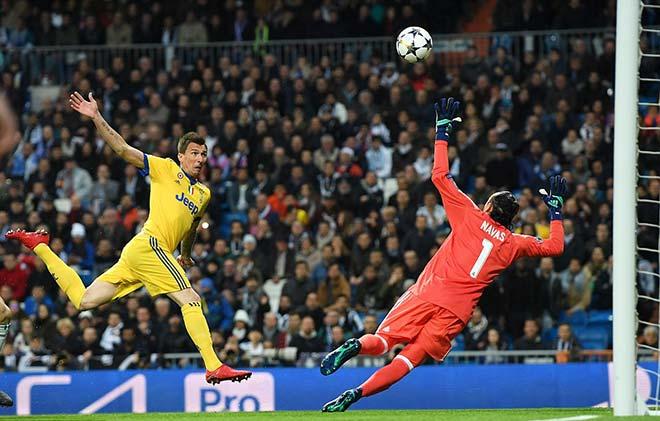 """Real lách vào bán kết C1: Tử huyệt đã lộ, """"siêu nhân"""" Ronaldo cứu nguy - 1"""