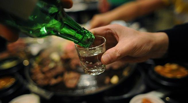 Bộ Y tế đề xuất chỉ bán rượu bia từ 6h đến 22h - 1