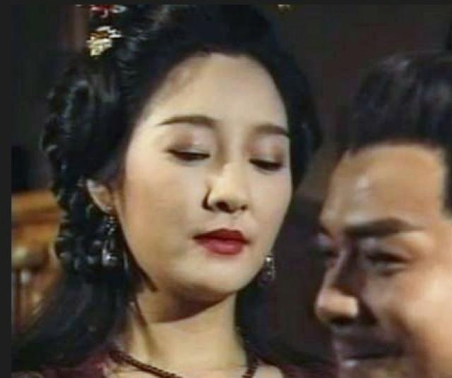 """Những mỹ nhân """"không thích hợp lấy làm vợ"""" trong phim kiếm hiệp Kim Dung - 1"""