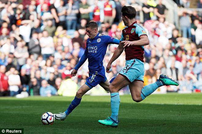 Burnley - Leicester City: 3 phút phủ đầu choáng váng - 1