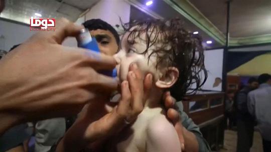 Mỹ không kích Syria: Bắn tên lửa có làm phát tán chất độc? - 1