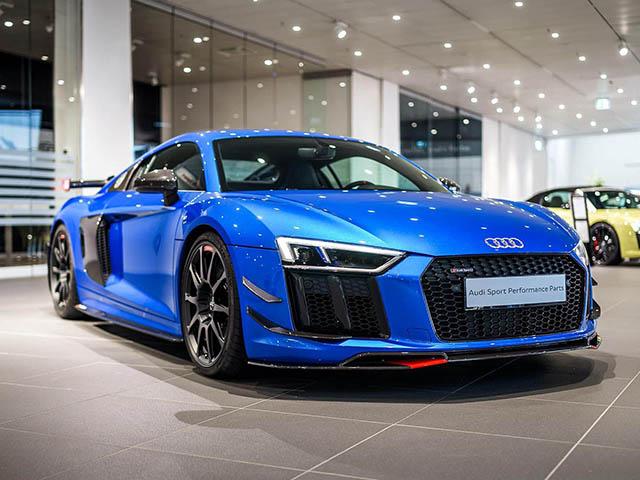 Audi R8 V10 khác lạ với gói trang bị Audi Performance Part