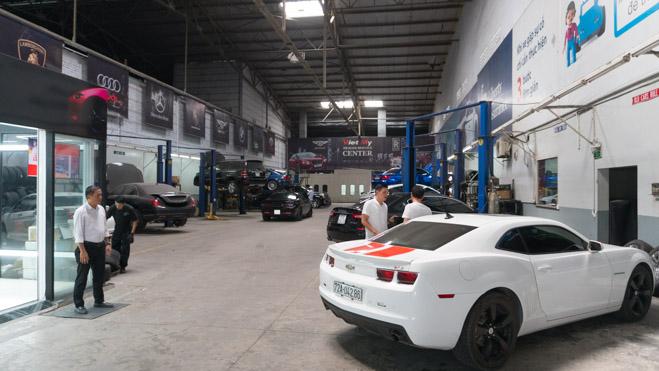 """Tham quan một vòng xưởng chuyên """"độ"""" siêu xe tại Sài Gòn - 1"""