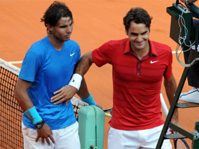 """Bảng xếp hạng tennis 16/4: Rơi vào """"chân tường"""" Nadal """"khinh"""" Federer ra mặt"""