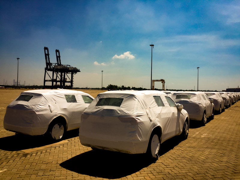 Xe sang nhập khẩu từ châu Âu bắt đầu trở lại Việt Nam - 1