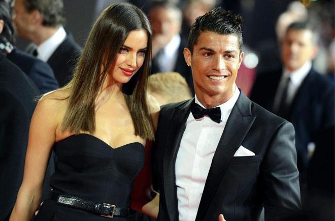 Ronaldo chưa muốn lấy vợ: Tại tình cũ nóng bỏng Irina Shayk - 1