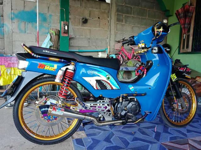 Honda Dream độ đồ chơi hạng nặng, mạnh mẽ hơn