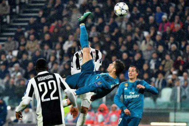 """Ronaldo tái hiện siêu phẩm cúp C1: Bất ngờ nhận """"trái đắng"""" vì Salah - 1"""
