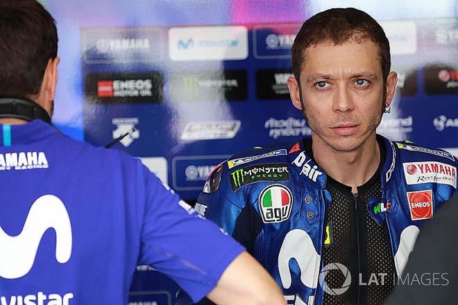 """Đua xe MotoGP, Marquez đẩy ngã Rossi: """"Hoàng tử"""" chưa chín chắn - 1"""