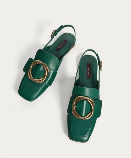 Đi giày gì khi đã chán giày cao gót? - 1