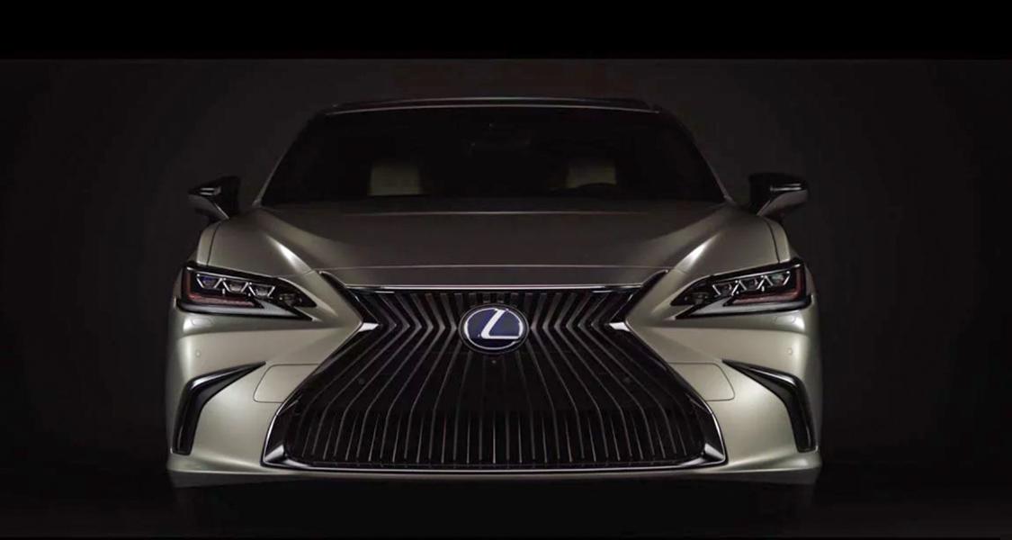 Lexus ES 2019 lộ diện trước ngày ra mắt: Thiết kế sang trọng và đẳng cấp - 1