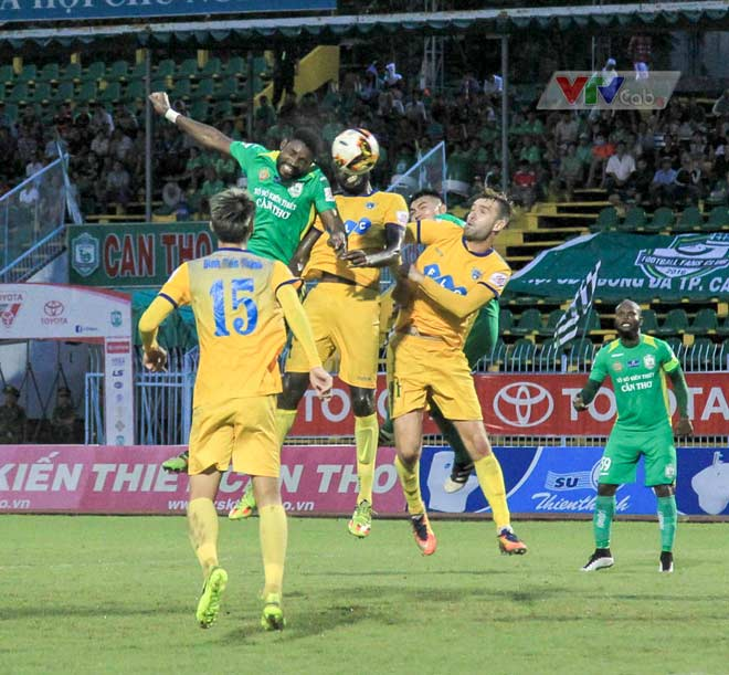 Căng thẳng cuộc chiến top đầu vòng 6 V-League 2018  trên VTVcab - 1