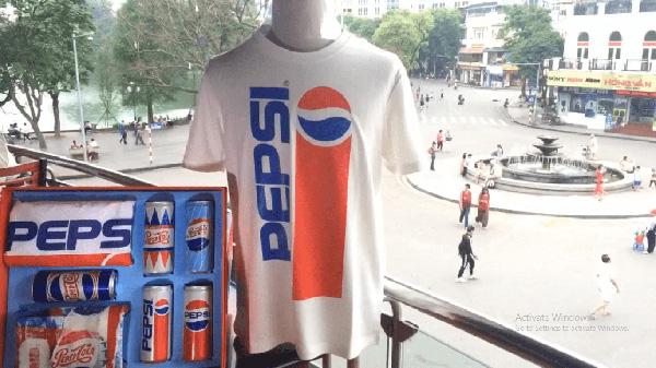 """""""Lật tung"""" cả Hà Nội vì hộp quà chất Pepsi - 1"""