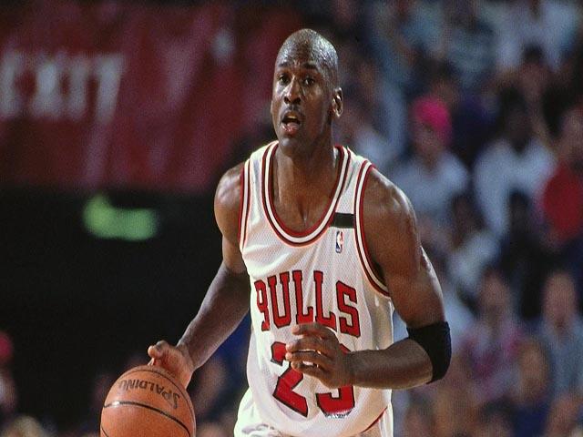 Michael Jordan, vua bóng rổ: Siêu VĐV tỷ đô đầu tiên của nhân loại