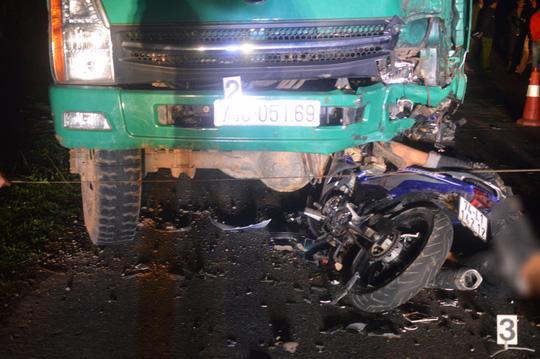 Đã xác định nguyên nhân vụ tông vào ô tô tải, 4 thiếu niên tử vong - 1