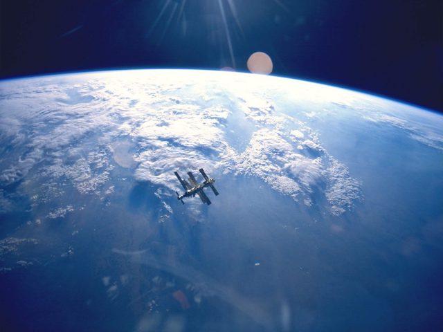 """Khám phá """"nghĩa trang tàu vũ trụ"""" giữa đại dương"""