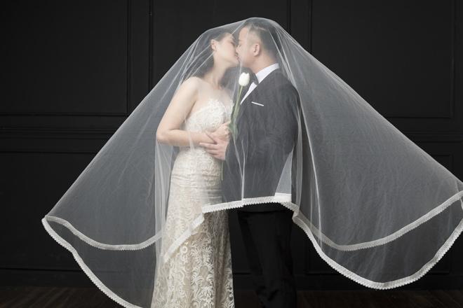 Vợ sắp cưới Hữu Công: Từng nhiều lần xem cảnh phim nóng của chồng và người cũ - 1